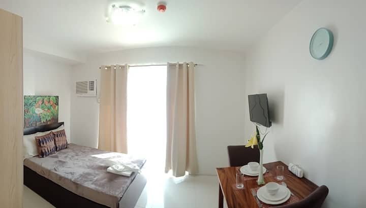Amazing Bamboo Bay View! Spacious Comfy and Clean!