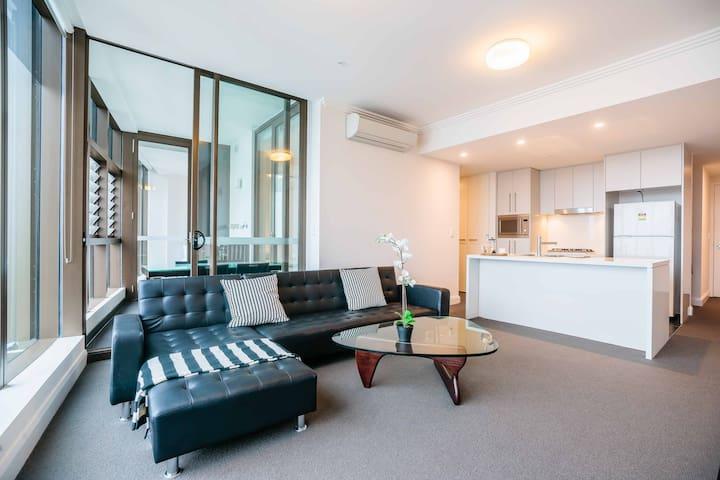 悉尼奥林匹克-30层顶级景色两房公寓
