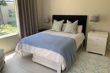 Main bedroom (queen size double bed)