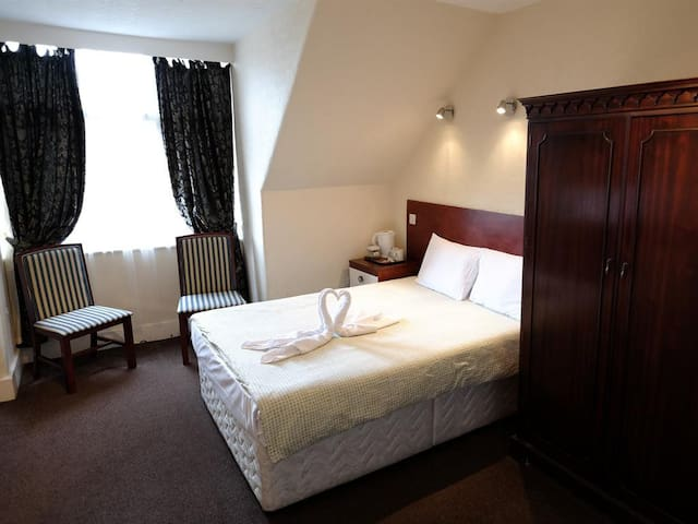 Double Room - Charlotte Guest House