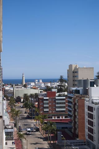 Zoom view, you can see the light house at the end of Gorlero's street!