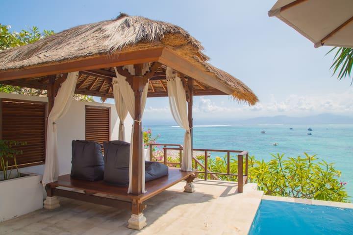 OCEAN FRONT PRIVATE 1 BEDROOM -VILLA DAMAI - Lembongan island - Villa