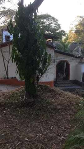 Spacious house with pool - Suchitoto - Huis
