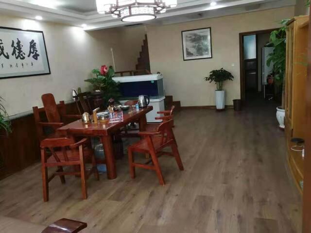 新华商圈中式大庭院安静别墅