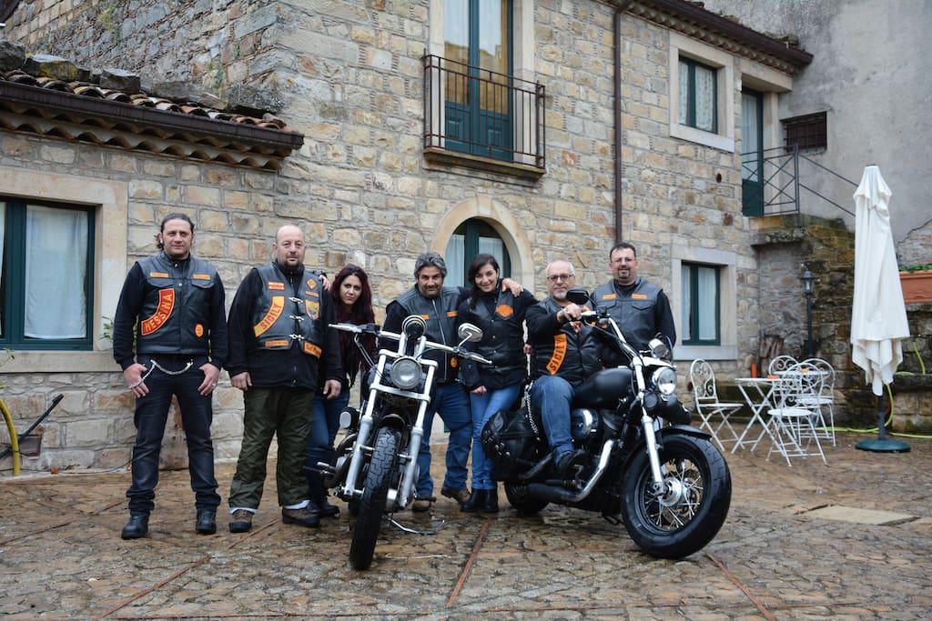 Bandidos ospitati alla Carretteria