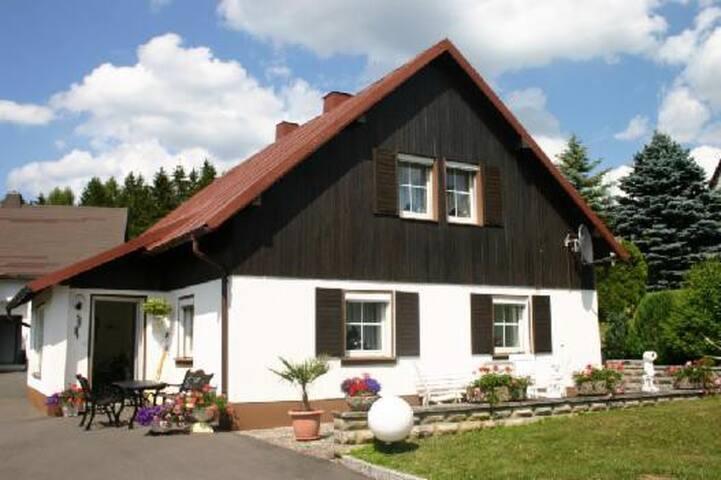 Ferienhaus in Fichtelberg - Fichtelberg - Huis