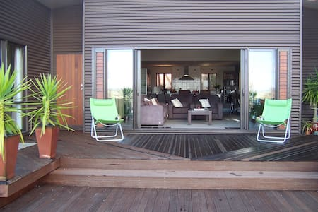 ITHACI VILLA, Mangonui Northland NZ - Mangonui - บ้าน