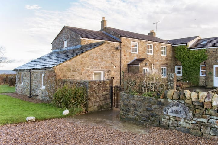 The Cottage in Nidderdale | Sleeps 7 - Darley - Huis