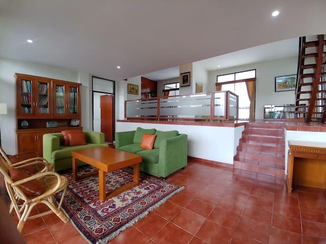 Rumah Rancabulan in Ciumbuleuit (max 11 orang)