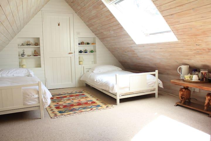 Brook Barn B&B Twin Room