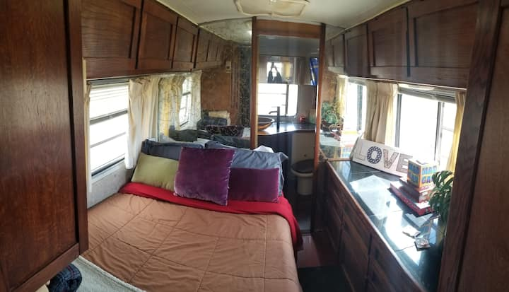 *GLAMP* Airstream named Memphis near Grand Canyon