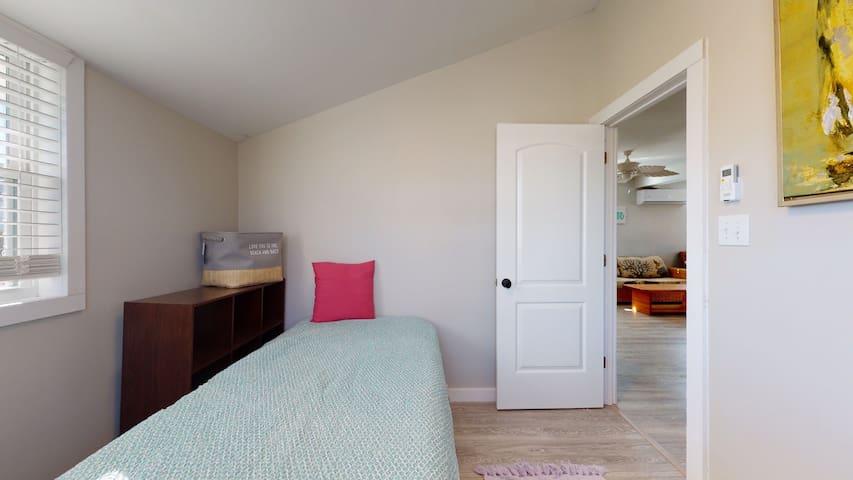 Bedroom 3 Twin Bed