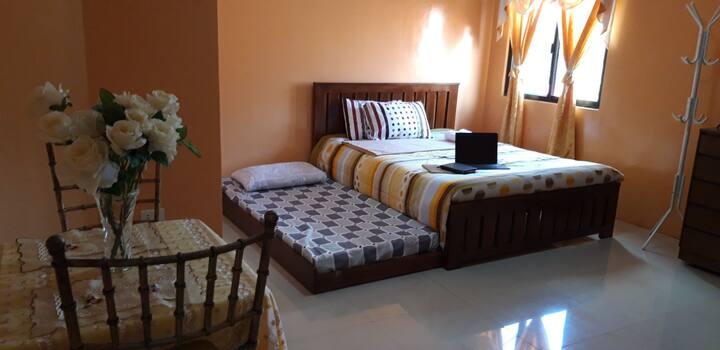 M. Cabildos Transient House Room 4