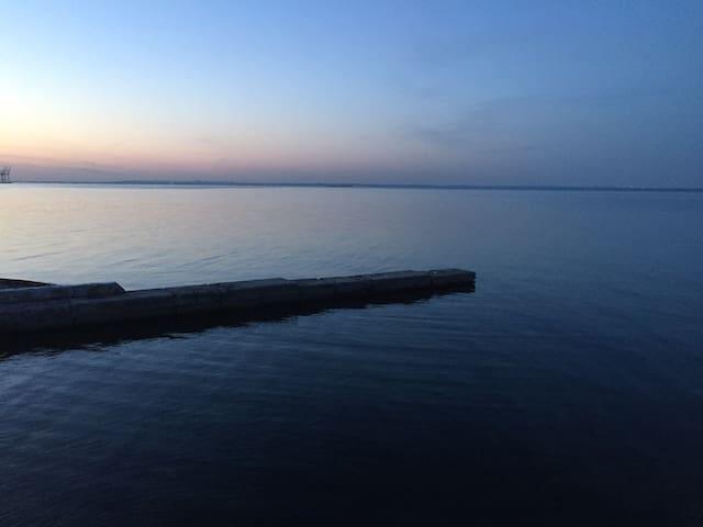 Затока Золотой берег