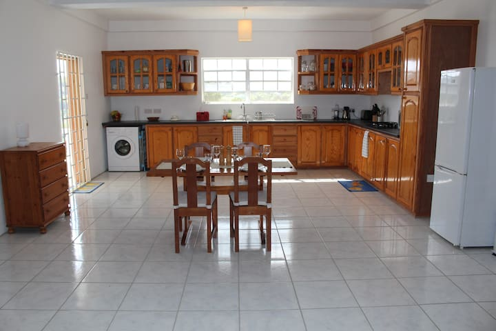 Apartment for Students & Vacations. - Grenadines - Apartemen