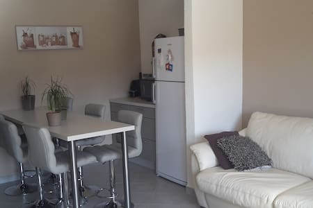 Appartement T3 dans villa avec vue sur jardin - Fos-sur-Mer
