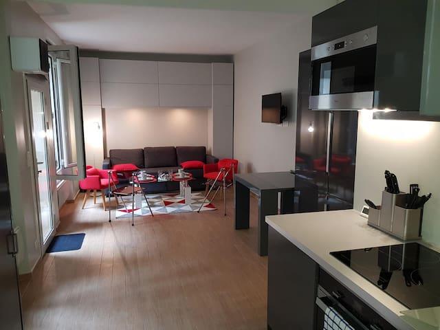 Modern Apartment in Paris, Butte-aux-Cailles