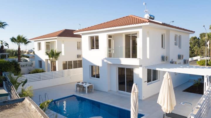 Pernera 3 Bedroom Family Villa 1