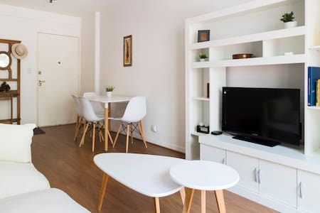 Recoleta Bright & modern 2BR - Buenos Aires