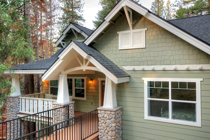 Yosemite's Craftsman Cottage