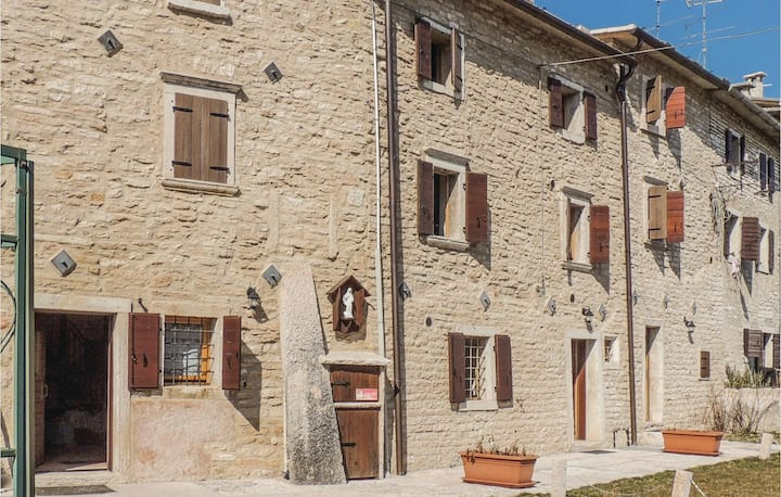 Semi-Detached with 2 bedrooms on 50m² in Fosse di S.Anna di A.