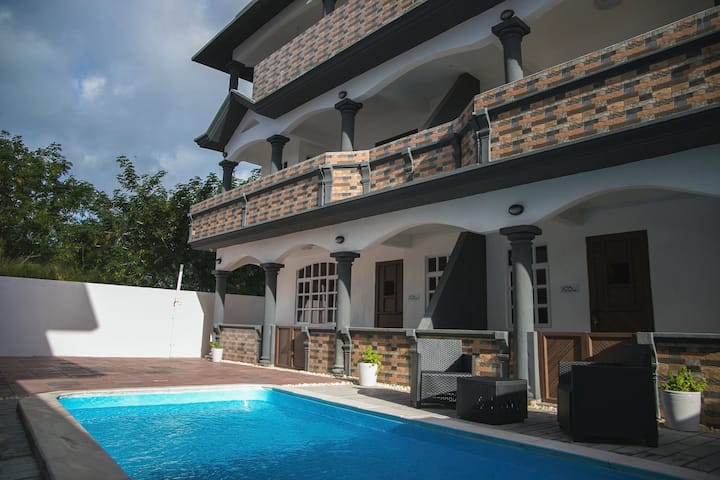 Villa Canne Rouge 2 - with brand new pool