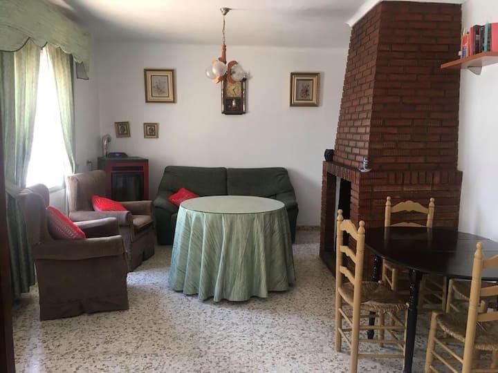 Casa rural con piscina, barbacoa y chimenea