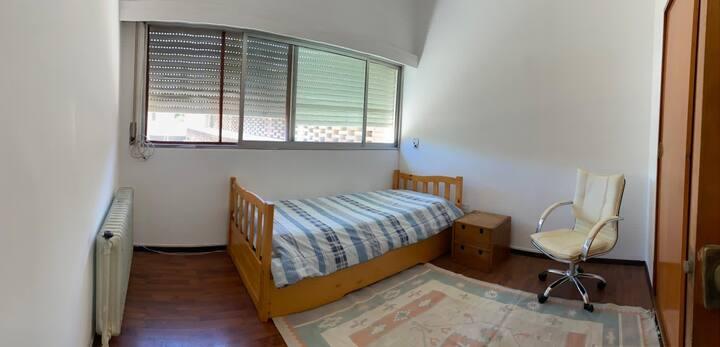 Habitación privada - Casa con piscina, Carrasco