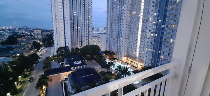 Long Term Stay in Quezon City (min 1 month)
