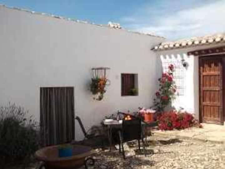 Acogedora casa de vacaciones para dos personas típica andaluza
