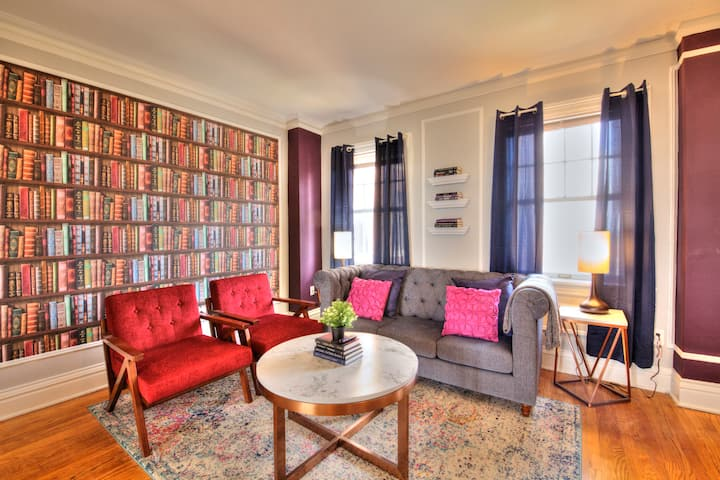 VINTAGE charming CWE 4 bed Apartment