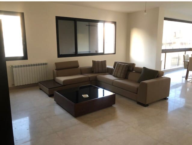 Modern specious two bedroom apparement central