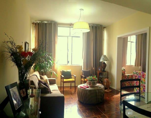 Excellent Apartment in Copacabana!! - Río de Janeiro - Apartamento
