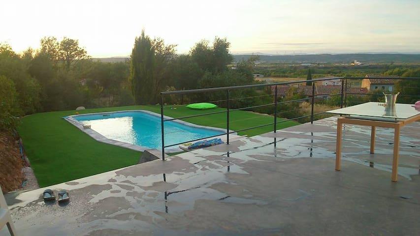 Belle villa neuve avec piscine - Ferrals-les-Corbières - Dům