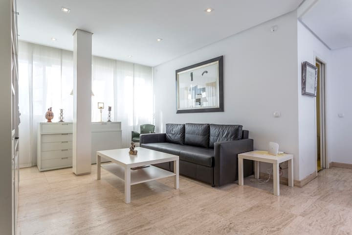 Modern and luxurious apart in Rio Madrid-Wifi