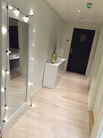 New, central appartment in Molde city! - Molde - Lejlighed