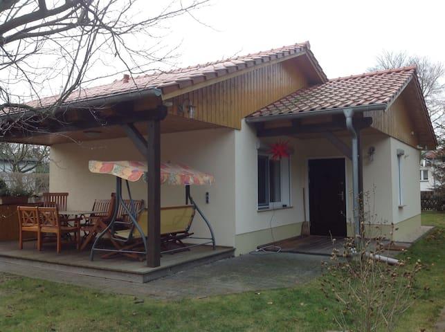 Ferienhaus - ruhig und im Grünen - Berlijn - Huis
