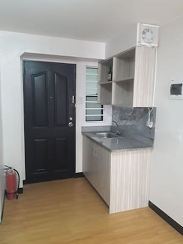 1 BR Condo Unit in UDHM By Nics ♥