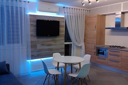 Квартира люкс от хозяина - Illichivs'k - Huoneisto