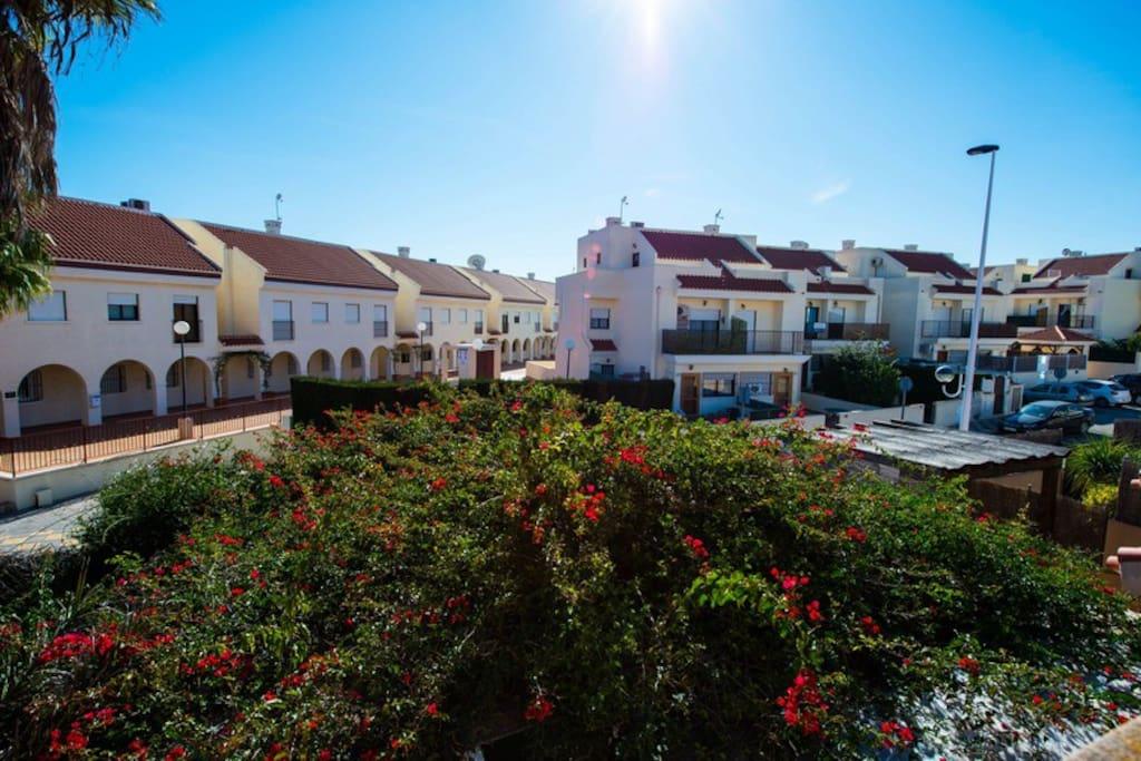 Relax y confort en gran alacant alicante houses for - Viviendas en gran alacant ...