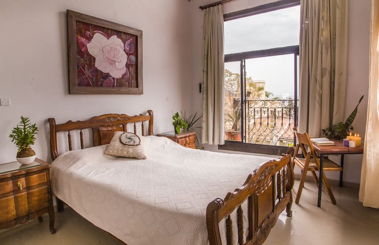 Qinqu Wasi · Bright room with amazing views