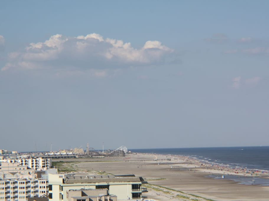 View spanning the entire wildwood shore line up to the boardwalk