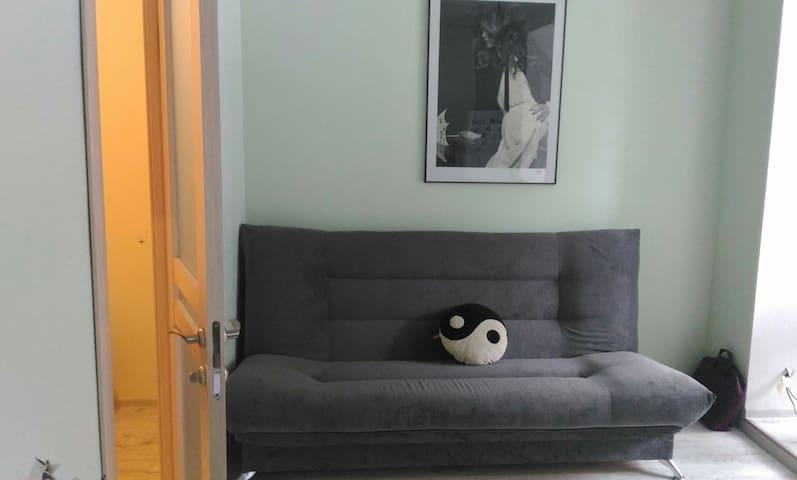 Уютная квартира, два спальных места - Сабурово - Appartement