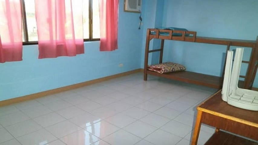CHEAP ROOMS for RENT NEAR AIRPORT and MALLS - Mandaue City - Apartment