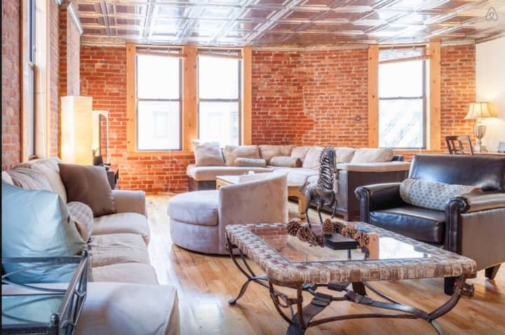 HUGE 2500 sq. ft.  Loft in SoHo/Little Italy