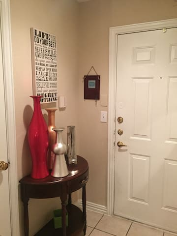 Cozy 1 Bedroom close to DFW Airport. - Grapevine - Departamento