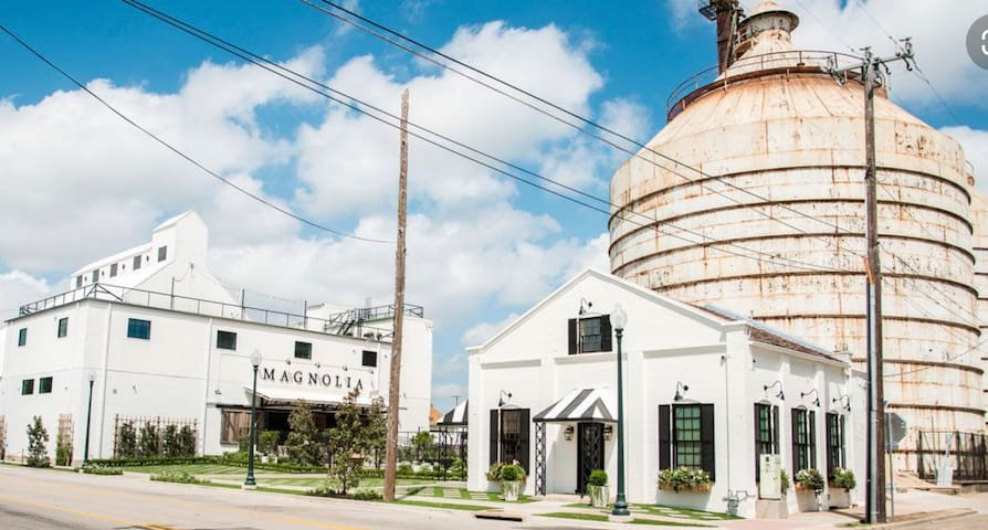 ★ Cute Apartment Near the Silos ★
