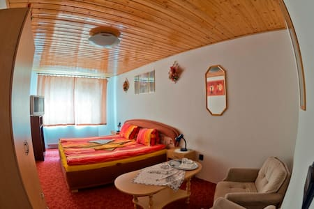 www.penzionrozalia.sk - Košice - Bed & Breakfast