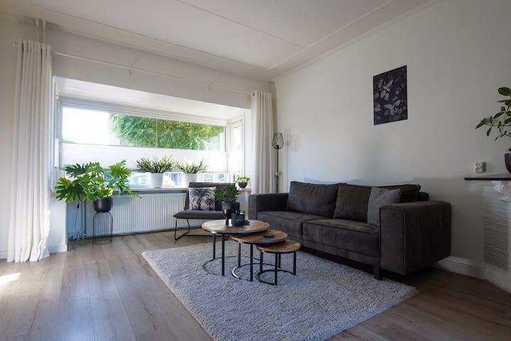 Woning nabij centrum Hengelo: rust, gemak, wifi