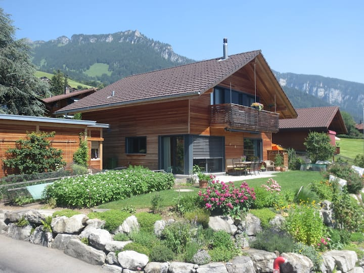 Bed and Breakfast - Lake and Mountain View